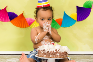 Planning An Affordable First Birthday Party | DMMB