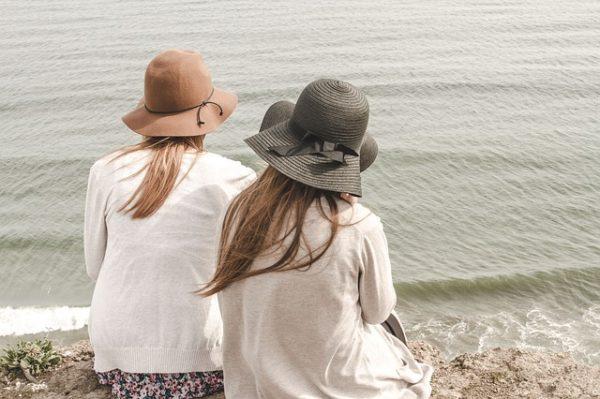 Making Mom Friends is Hard - Friendship in Motherhood | Denver Metro Moms Blog