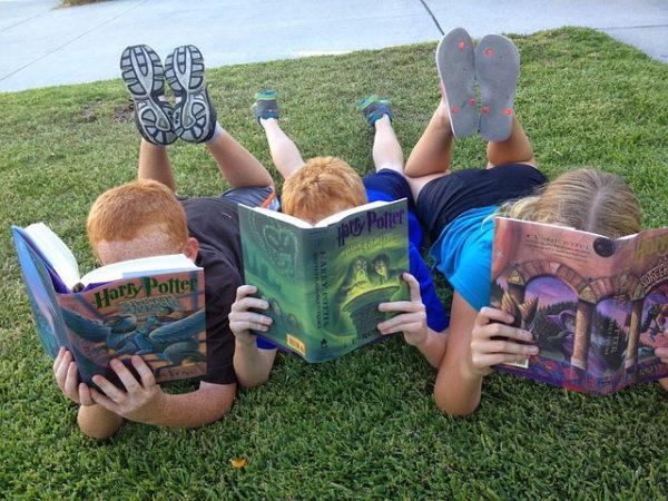 13 Ways To Get Your Reluctant Reader Reading | Denver Metro Moms Blog