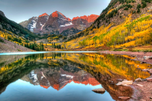 Leaf Peeping Where and When to Find the Best Colorado Fall Color : Maroon Bells